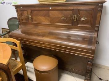 Petites Annonces Pianos Tabourets Et Banquettes De Piano Doussoncom